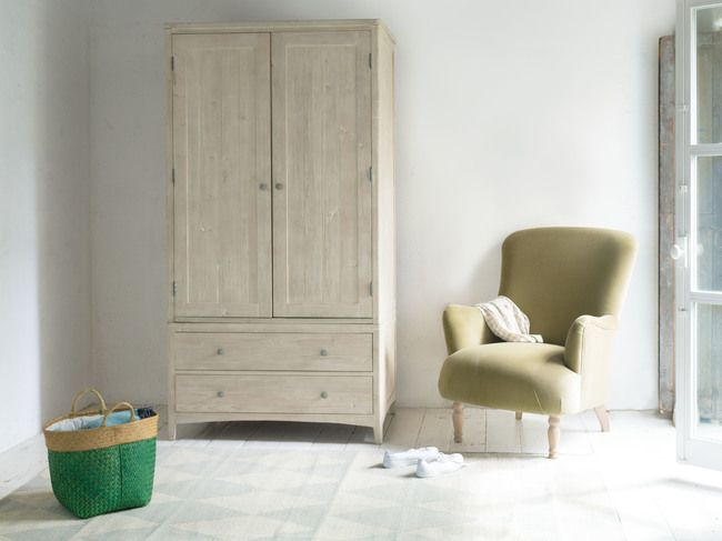 The Culture Trip are looking at 5 Easy Ways to Create a Calm and Cosy Bedroom This Autumn, including our brand NEW Swash wardrobe! Great for stashing away unwanted clutter & keeping the home tidy. Read more here! https://theculturetrip.com/europe/articles/5-easy-ways-to-create-a-calm-and-cosy-bedroom-this-autumn/