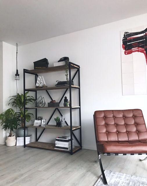 Stoere industriele kast van zwart staal met sloophout of old wood. Gratis thuisbezorgd!