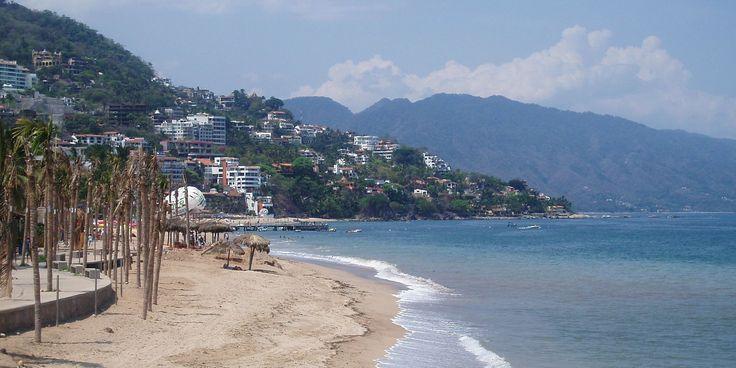 Mexico's Pacific Coast - https://traveloni.com/vacation-deals/mexicos-pacific-coast/ #mexicovacation #loscabos #puertovallarta #mazatlan