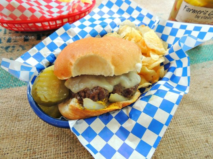 Christy's Smoked Burgers     Southern Plate
