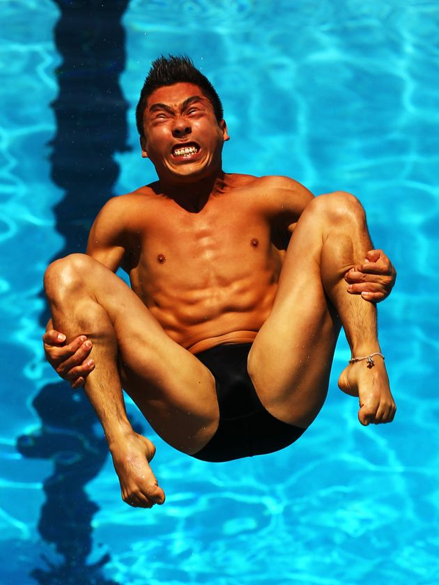 How Olympic divers really look mid dive aka the most incredible pictures you'll ever see. Ever. In your whole life.