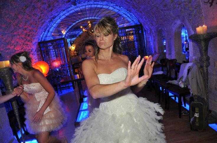 #wedding #rethymno #crete #happycolors #dance #bride #onlyyou #cellar