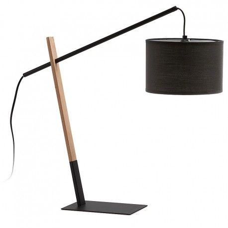 Lámpara de mesa IZAR de madera de haya y acero con la pantalla de algodón. La base es de acero.  Las medidas son: 60 x 20 cm. y 55 cm. de altura. Tiene un peso de 1 kg.  La bombilla no está incluida. Usar con bombillas E-27. de max. de 40W.  Input: 230V ~ 50Hz. Clase II.  Este producto requiere un pequeño montaje por parte del cliente.