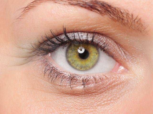 Make-up contro occhiaie, borse e zampe di gallina - http://www.wdonna.it/make-up-contro-occhiaie-borse-zampe-gallina/55635?utm_source=PN&utm_medium=Gossip&utm_campaign=55635