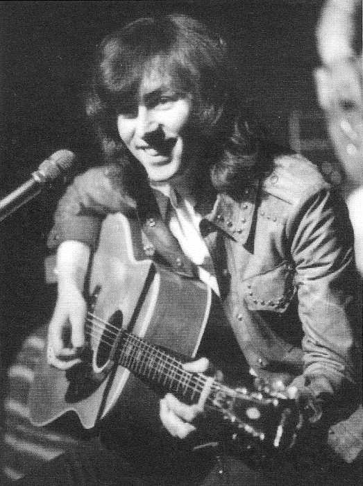 Al Stewart.he wrote great songs like TIME PASSAGES and YEAR OF THE CAT.