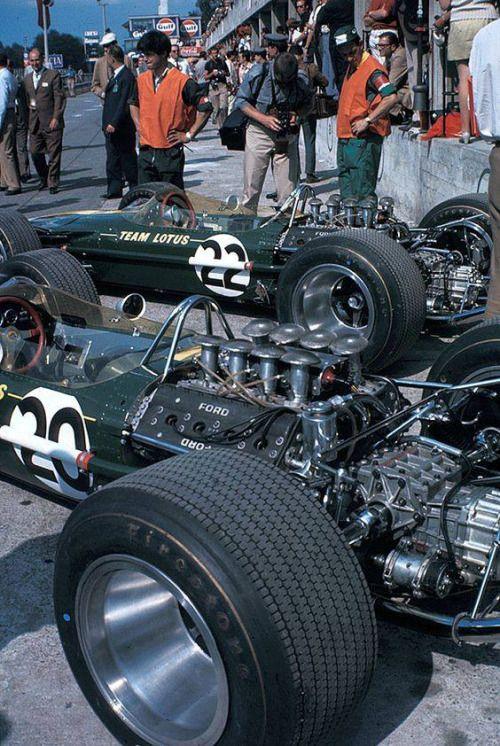 Lotus 49 - Grand Prix d'Italie - Monza 1967 - source F1 History...