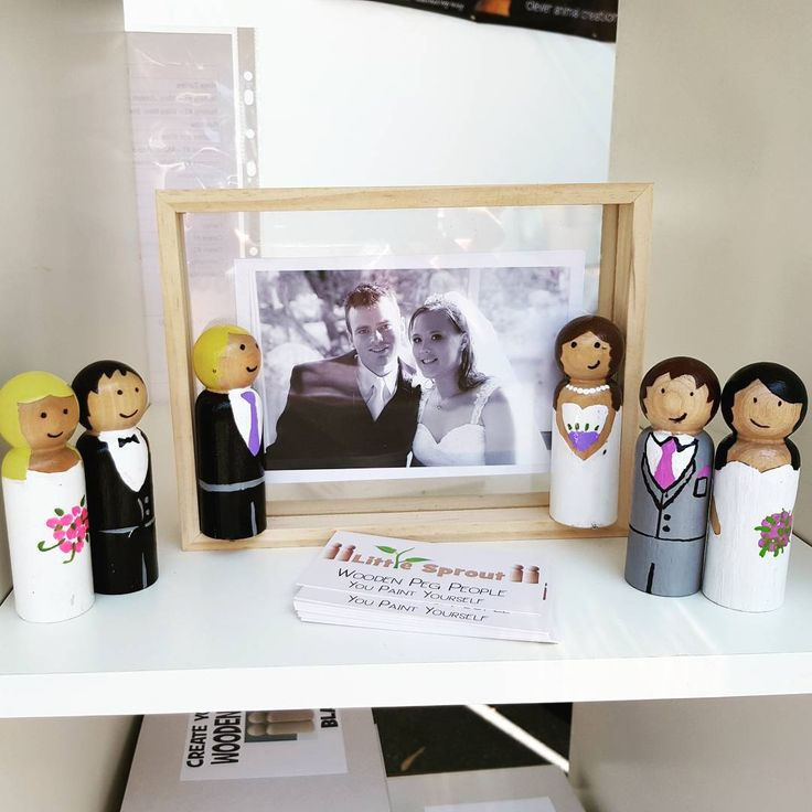 Wedding peg dolls would look so cute as a cake topper