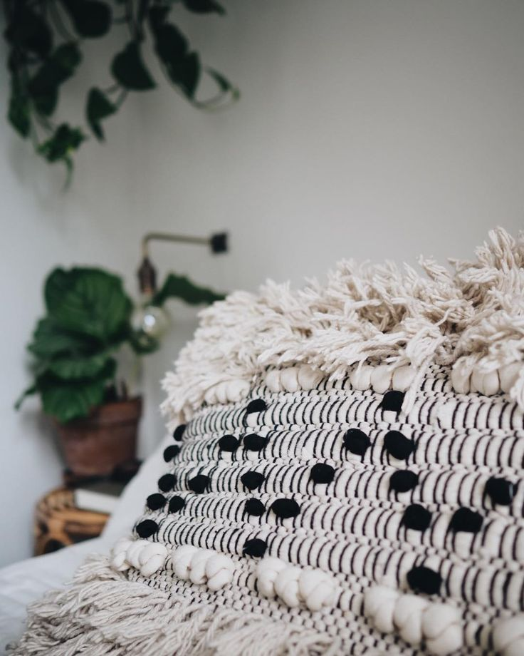 M O N D A Y ..... 💤💤 #loftliving #copenhagen  #homedecor #bedroomvibes