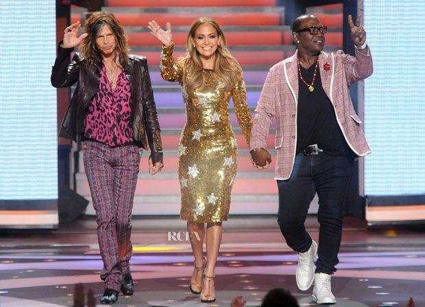 Jennifer Lopez In Dolce & Gabbana – America Idol Season 11 Top 12 To 11 Live Elimination Show