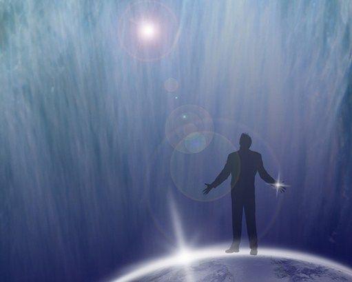 Astral Seyahat  Astral Seyahat: Uyku halindeyken kişinin fiziksel bedenini bırakarak farklı mekanlarda yolculuğu olarak adlandırılır. İrade altında gerçekleşebildiği gibi bilinçli şekilde de astral seyahat gerçekleşebilir. Seyahat esnasında herhangi bir maddenin engel teşkil etmemesi örnek olarak duvarlardan geç... Devamı için Görsele Tıklayın.