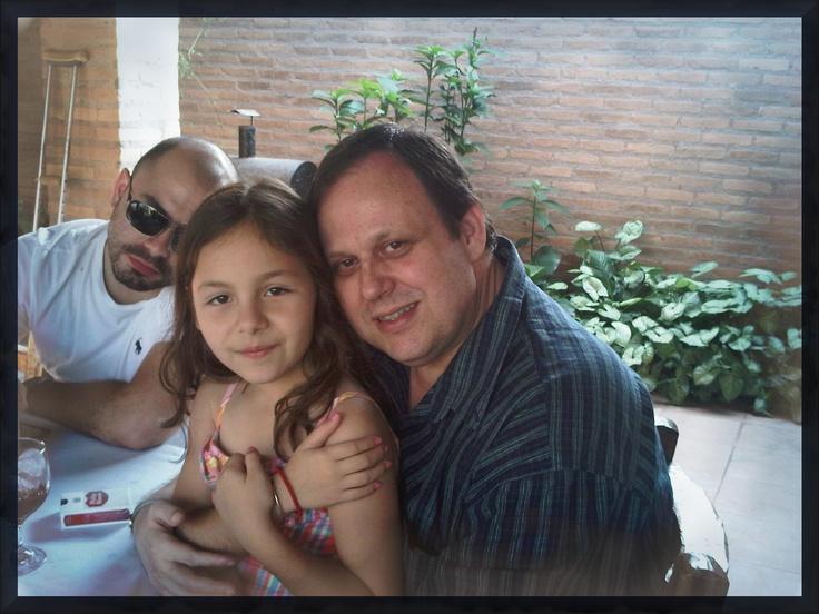 Cumple 2012 - 08/09/2012  Con misobri-nieta Macoche y atrás the best sobri - Diego A. de Barros Barreto