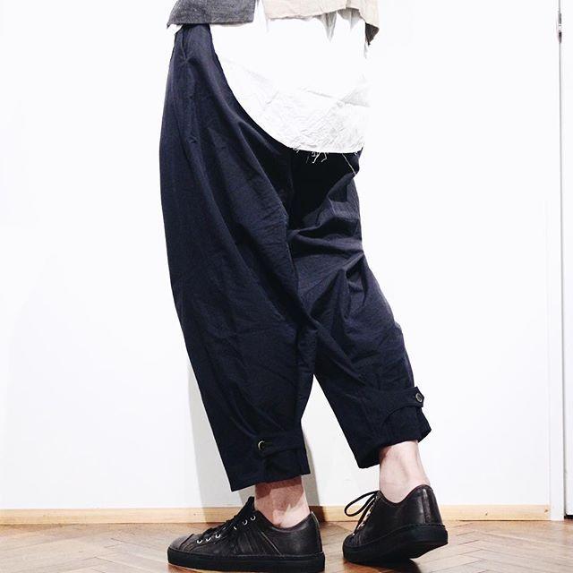 ARAKI YUU 17-18AW available in store ✔️✔️ . . . #arakiyuu #hues #hues_fukuoka #fukuoka #福岡 #yohjiyamamoto #anndemeulemeester #reinhardplank #drkshdw #y3 #menswear #mensfashion #geoffreybsmallhues_fukuoka