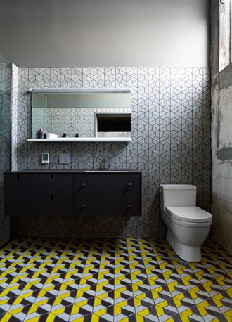 Dwell Collection // Half Hex Mix (b) in gunmetal, fog, bright yellow on the floor and Half Hex Mix in fog on the walls. (Design: Christina Zamora Photo: Jeffery Cross)