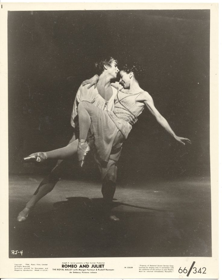 Rudolf Nureyev Margot Fonteyn Romeo and Juliet 1966 8x10 Original Photo CC12194…
