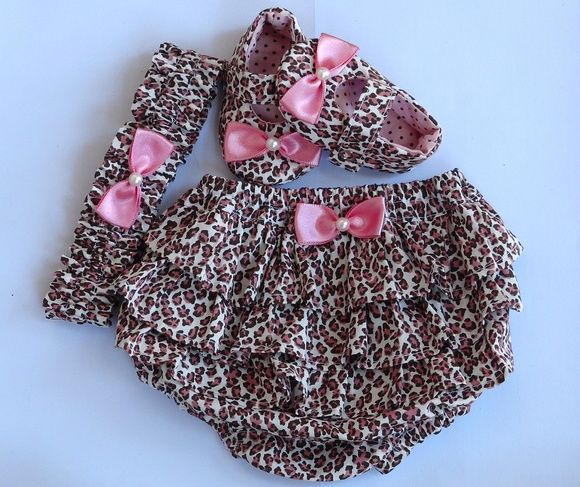 Kit em tecido 100% algodão com estampa em oncinha.