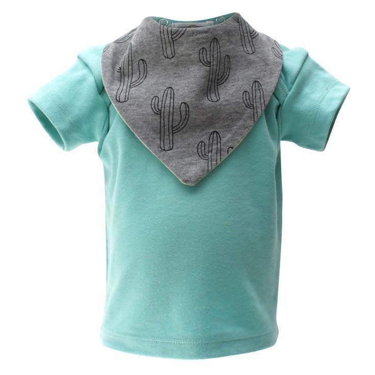 Turquoise T-Shirt With Two Bandana Bibs
