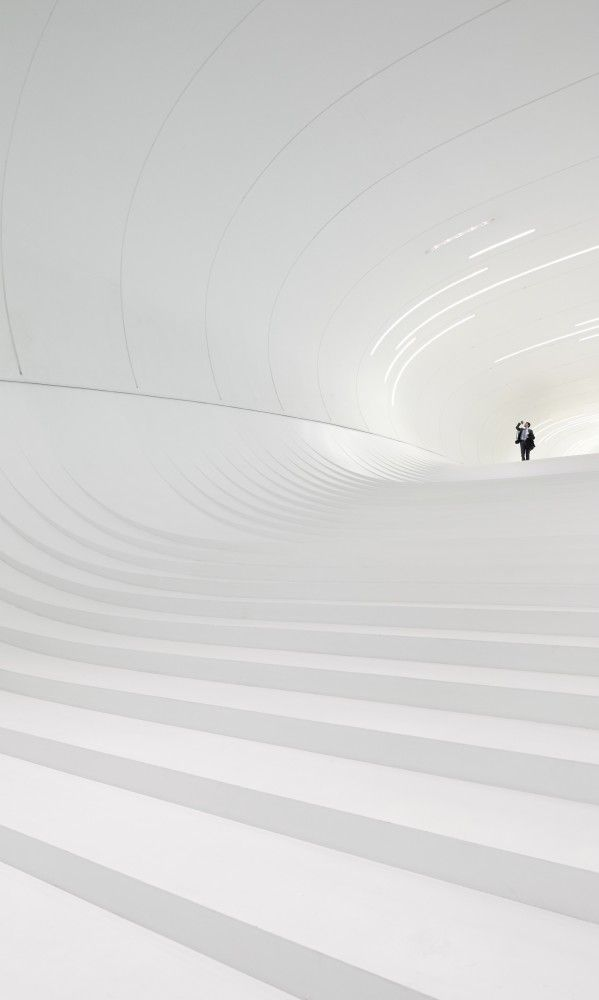 Gallery of Heydar Aliyev Center / Zaha Hadid Architects - 33