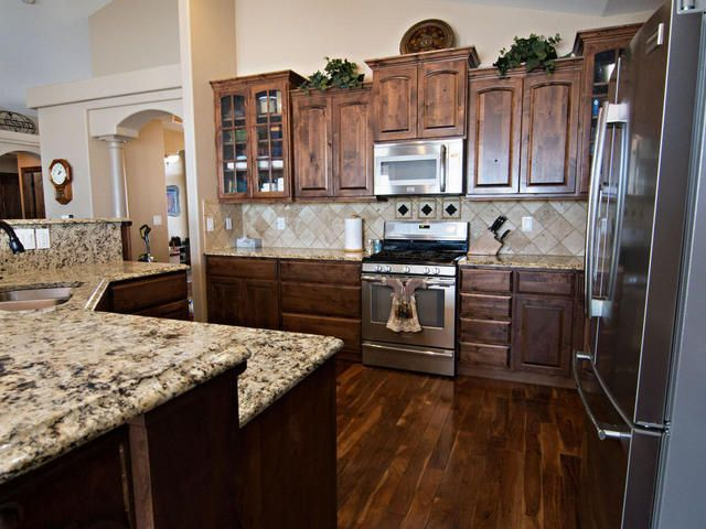 Check out the amazing home at 7000 Red Stone Ct #Gillette #WY at www.summerrobertsonteam.com! #gillettewyhomesforsale #gillettewy #gillettewyoming #homesforsale #homes #realestate #listings #summerrobertson #summerrobertsonteam