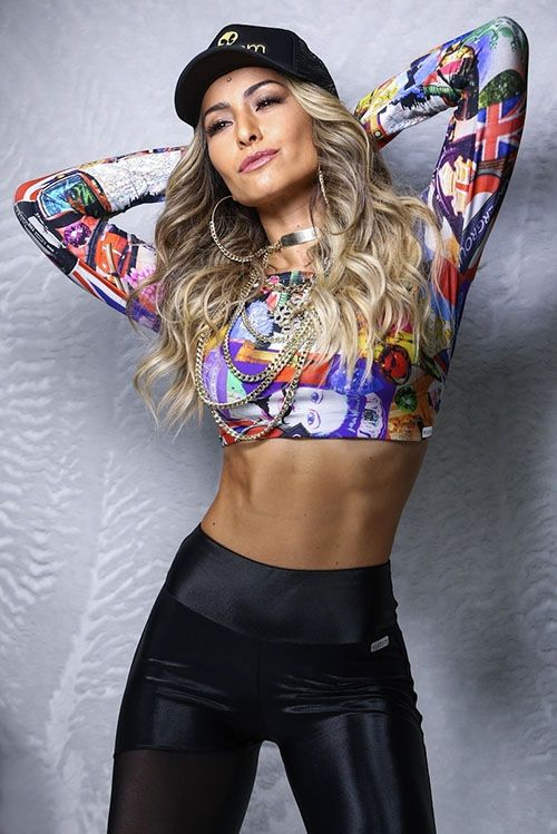 TOP 20 Cabelos da apresentadora Sabrina Sato e as tendencias adotadas pela estrela no decorrer dos anos: http://salaovirtual.org/cabelos-sabrina-sato/ #cabelodascelebridades #estilofeminino #salaovirtual