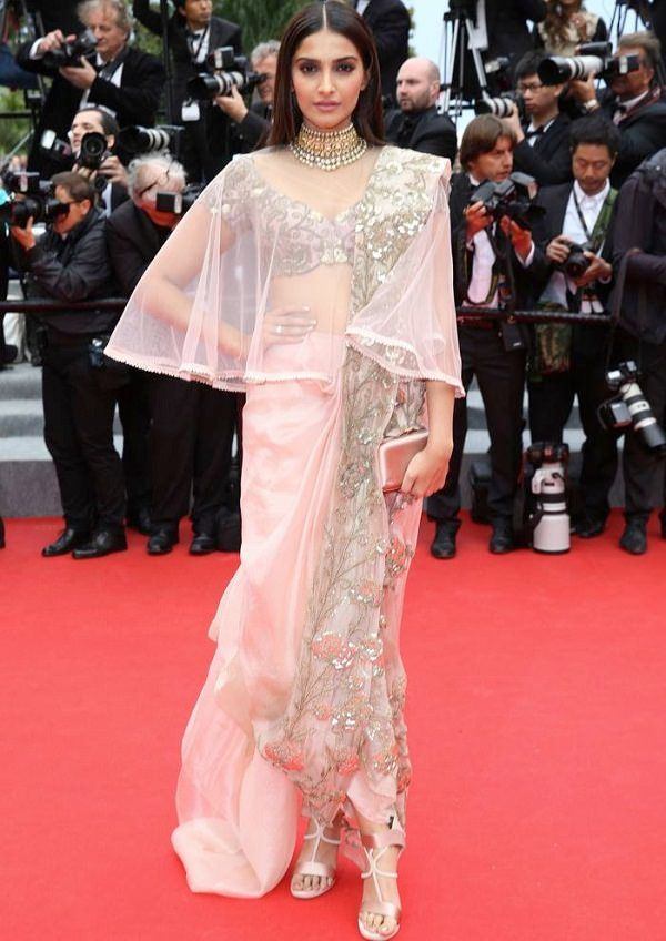 Sonam Kapoor's chic saree look - Dhoti Drape Spruced up with a sheer cape! #SonamKapoor #Bollywood #Saree