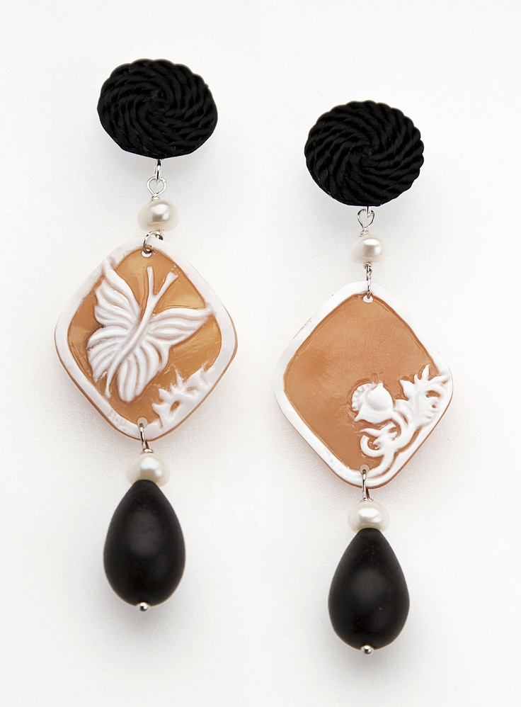 Butterfly Cameo earrings with passementerie, ebony drop and pearls. www.annaealex.com