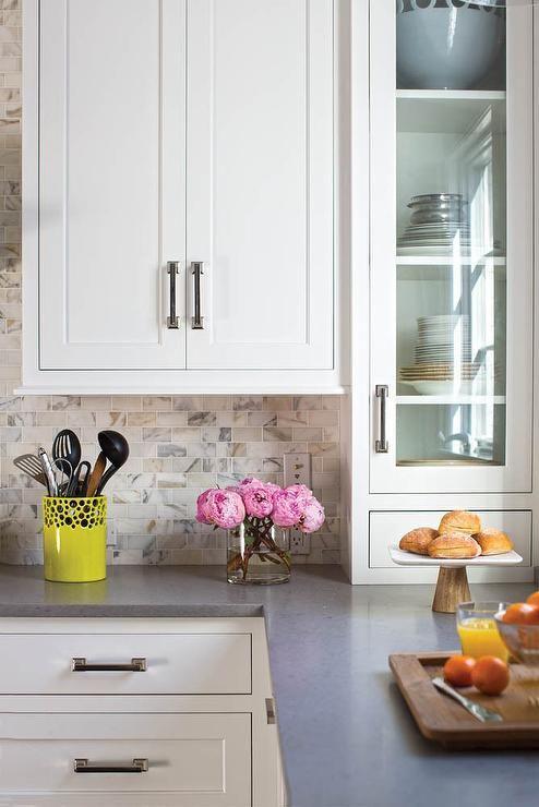 U Bahn Fliesen, Küche Ideen, Weiß Küchen, Feuerzeug, Kitchen Countertops  With White Cabinets, Quartz Countertops With White Cabinets, Mini Subway  Tile ...