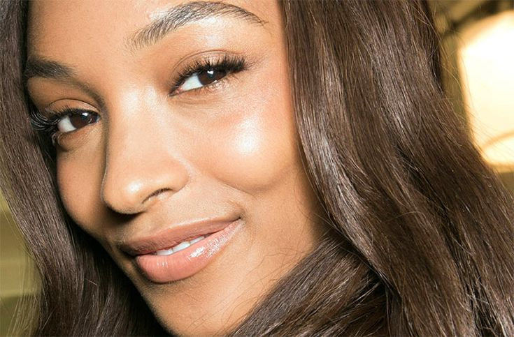 The Best Concealers For Olive And Dark Skin Tones