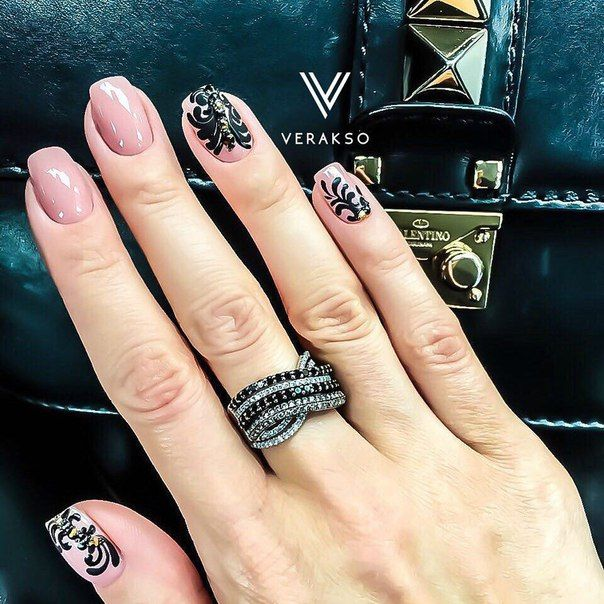 Beautiful nails 2016, Beautiful patterns on nails, Black and beige nails, Black pattern nails, Evening nails, Festive nails, Long nails, Nails trends 2016