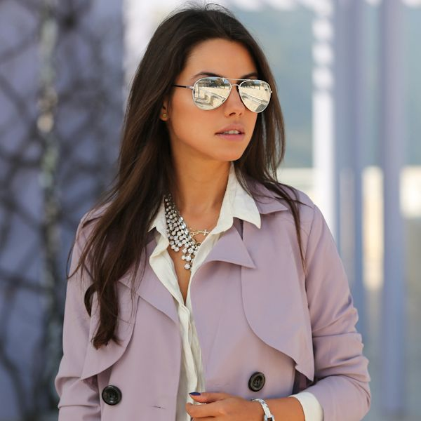 http://www.sense-shop.gr/products/aviator-silver-mirror-sunnies/