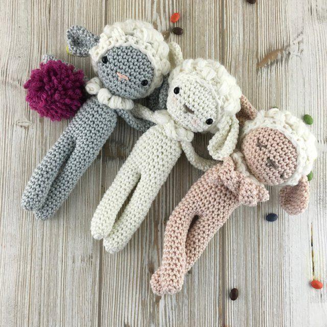 Des doudous moutons en crochet / sheep hook
