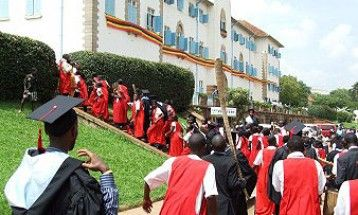 #EDUCATION: Defunct #Makerere university opens Jan 2 if #Uganda's dictator #Museveni decrees it    Makerere University management has resolved that the institution be opened by January 2 2017 and students continue with classes.  In a meeting held today (Wednesday) management said they will compensate the six weeks of the university closure and break off for one weeks holiday before resuming with classes for the second semester.  They also proposed that the much waited graduation ceremony…