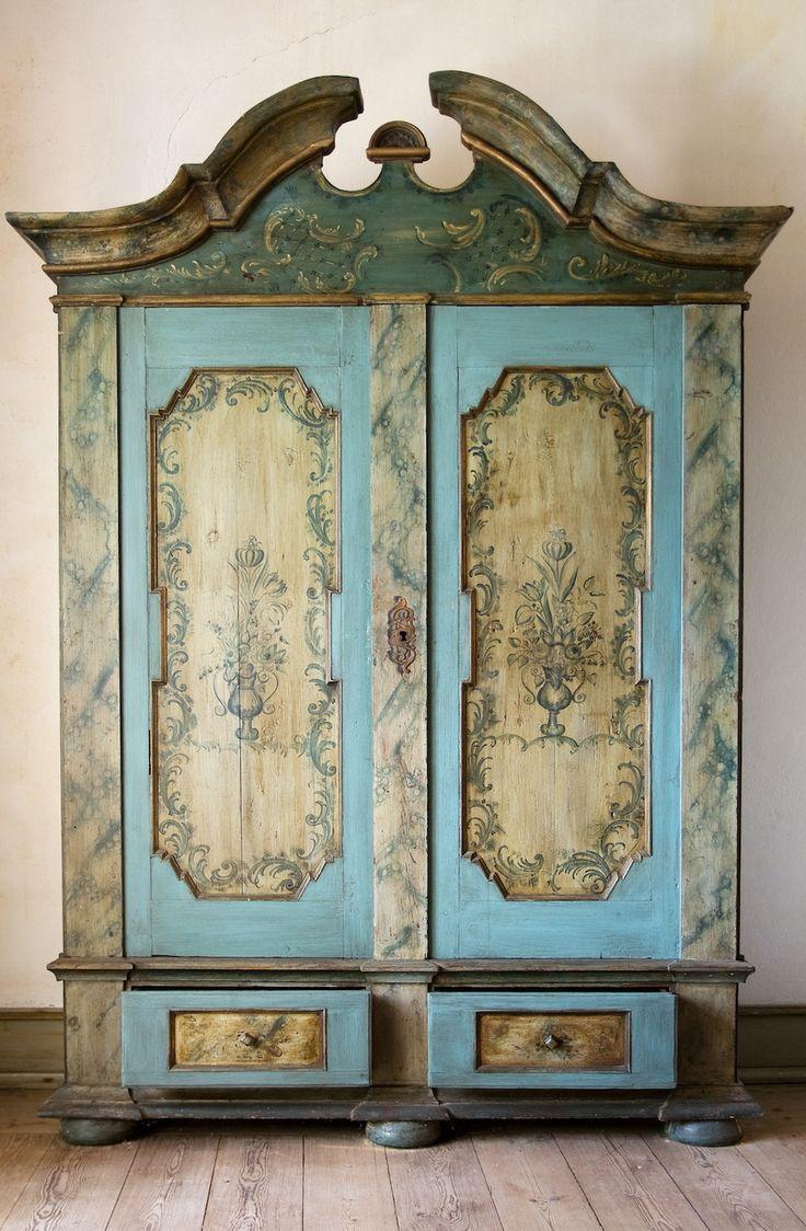 172 best Restorations   Armoires images on Pinterest   Antique furniture   Chalk paint furniture and Furniture. 172 best Restorations   Armoires images on Pinterest   Antique