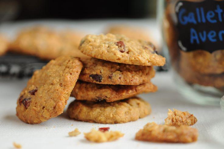 Maravillosas galletas de avena, almendras y cranberries. Ideales para la colación de los niños.
