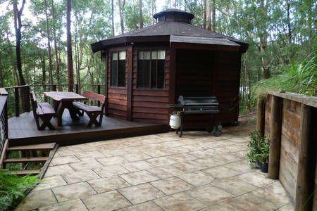 The Yurt - room in the rainforest  in Bulli