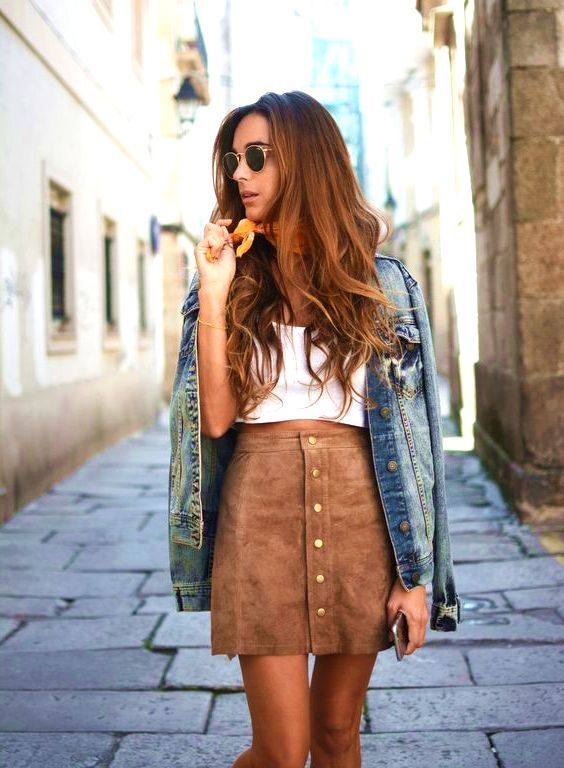 35 Wearable On Trend Khaki Skirt Outfits #khaki #skirt #outfit #summer #love #street #style