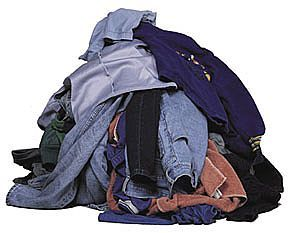 Google Image Result for http://2.bp.blogspot.com/_3V-WRl0Y_bw/S8vM8WpD3zI/AAAAAAAAA4A/Sw6qsxivAHo/s320/pile-donated-clothing-large.jpg