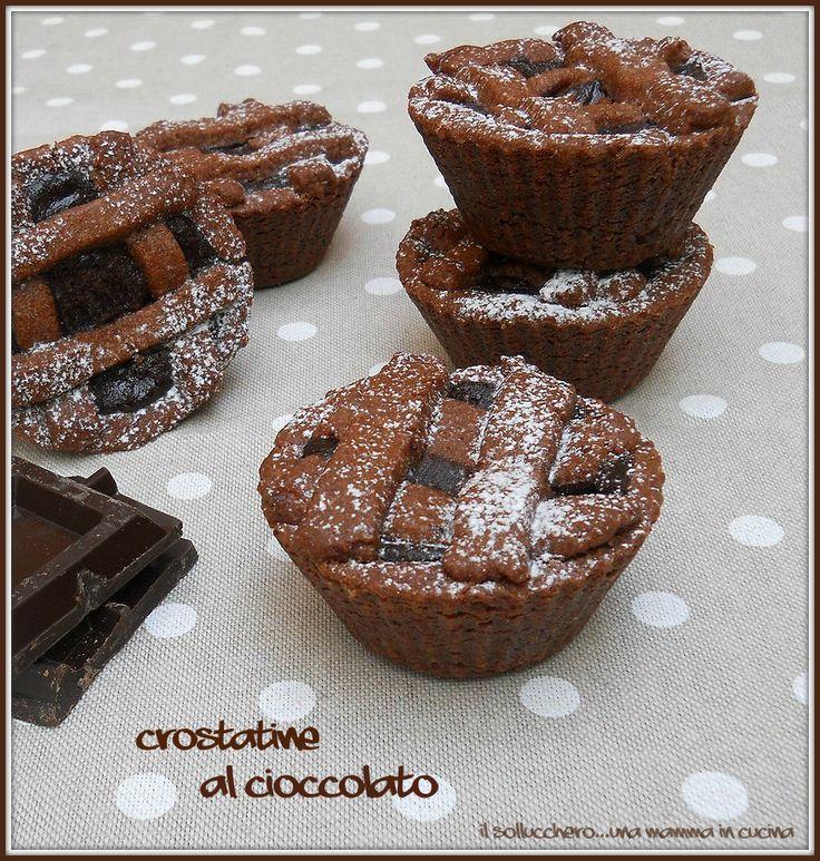 Le crostatine sono semplici e veloci da realizzare, la frolla al cacao è leggera e la crema vellutata e avvolgente, direi che....non vi resta che provarle.