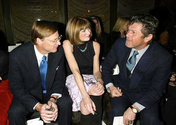 Anna with boyfriend Shelby Bryan and Rolling Stone co-founder Jann Wenner at Zac Posen, 2003.Stones Cofound, Jann Wenner, Shelby Bryans, Zac Posen, Rolls Stones, Anna Wintour, Co Found Jann, Rolling Stones, Boyfriends Shelby