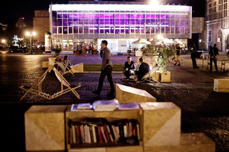 TARG WĘGLOWY 2013 / temporal public space installation by night / fot. D. Werner