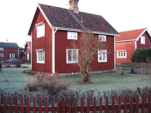 Traditional swedish house in mora design exteriors for Traditional scandinavian house plans