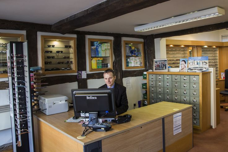 Walford and Round opticians in Stratford Upon Avon