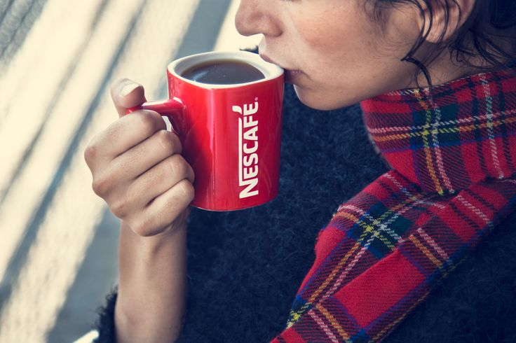 #DespiertaALaNavidad Dile adiós al frío y consiéntete con el sabor inconfundible de NESCAFÉ. #DespiertaALaVida, momentos, Navidad, Christmas, regalos, recuerdos, nostalgía, época navideña, diciembre, año nuevo, felicidad, alegría, amigos, amistad, familia, amor.