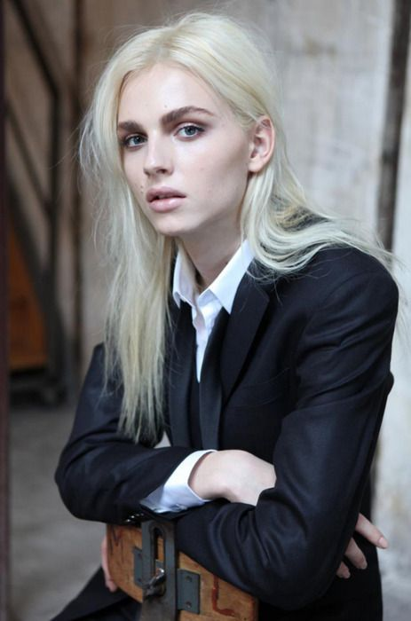Andrej Pejic in a Suit - Icon of the effeminate men's fashion of tomorrows new age R