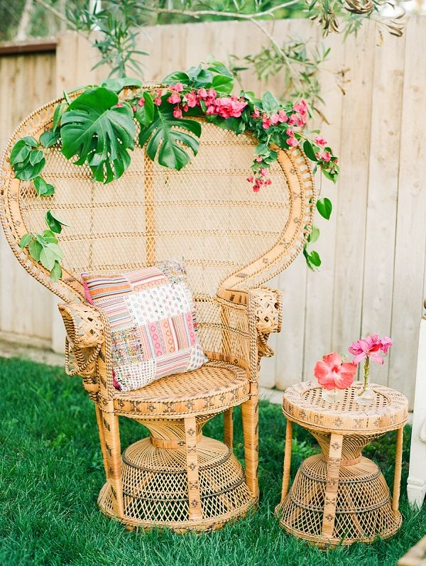 Fun decorating ideas for a bohemian/tropical wedding or a chic, summer party! Tropical Bohemian Wedding Ideas | Krista Jones Photography
