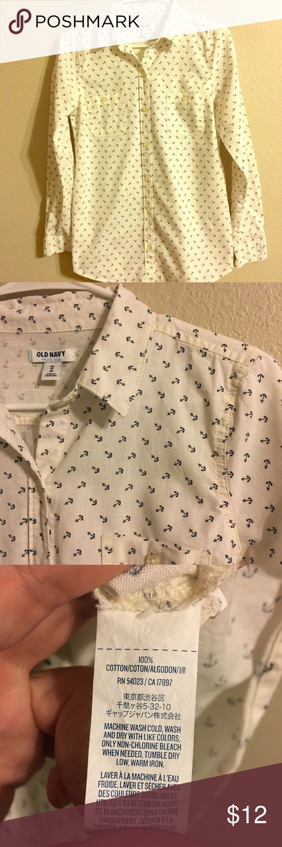 Old Navy Anchor shirt size XS Measures 19 inches pit to pit Measures 26 inches in length Old Navy Tops Button Down Shirts