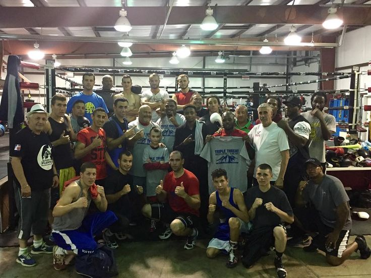 Had a surprise visit from the Algerian Olympic team got some good work in! #olympics #olympic #olympicboxing #professionalboxing #boxingtraining #proboxing #algeria #boxing