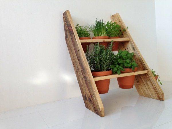 holz paletten möbel selbst basteln DIY ideen zimmerpflanzen