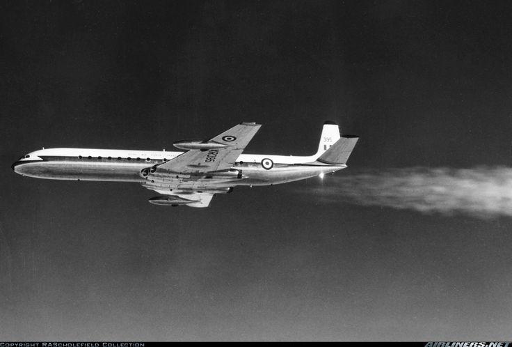 De Havilland DH-106 Comet C4