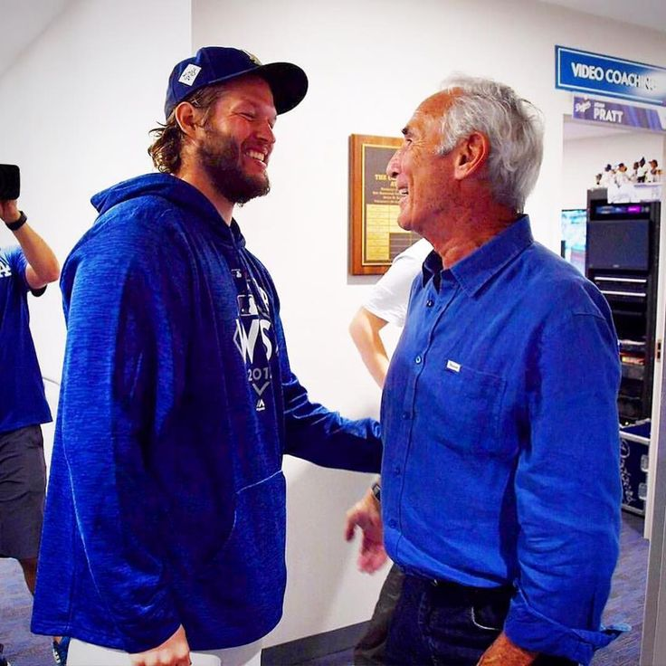 A  Sighting in the @dodgers Lockeroom tonight !!! Game 1.....DONE!!! Three More to go!!! #Kershaw #Koufax #GOATS #WorldSeries #ThisTeam #Dodgers #FallClassic #LeftiesRule #Soutpaws