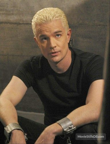 Buffy the Vampire Slayer - Publicity still of James Marsters